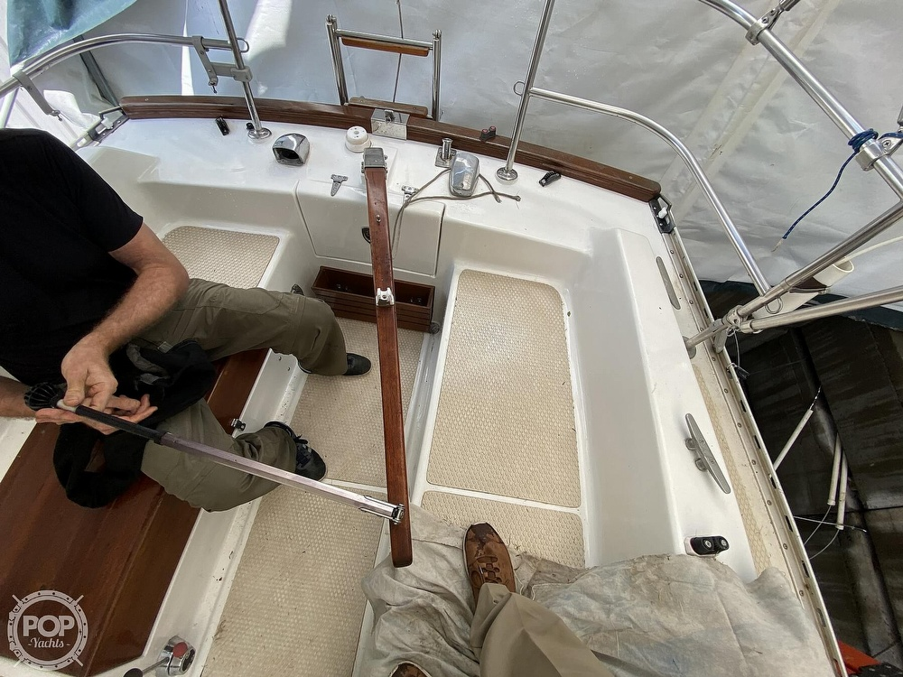 1976 Columbia boat for sale, model of the boat is 8.7 Meter & Image # 26 of 40
