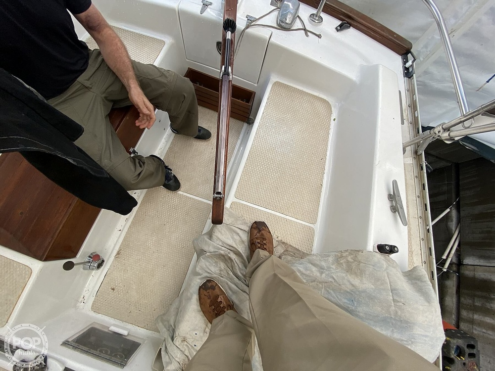 1976 Columbia boat for sale, model of the boat is 8.7 Meter & Image # 31 of 40