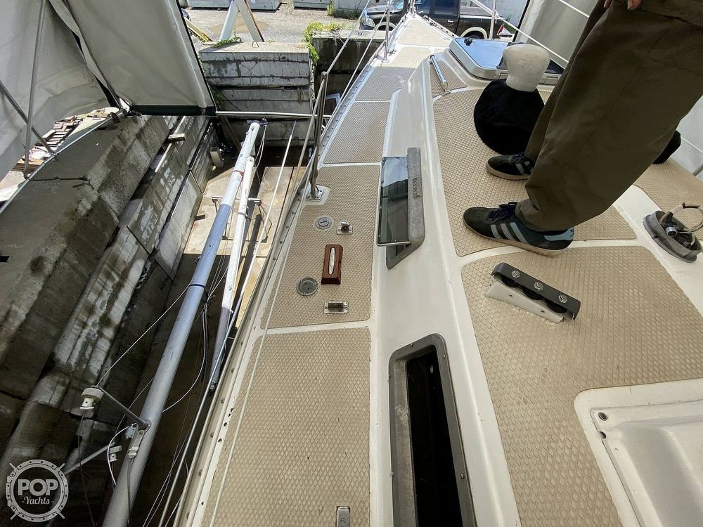 1976 Columbia boat for sale, model of the boat is 8.7 Meter & Image # 36 of 40