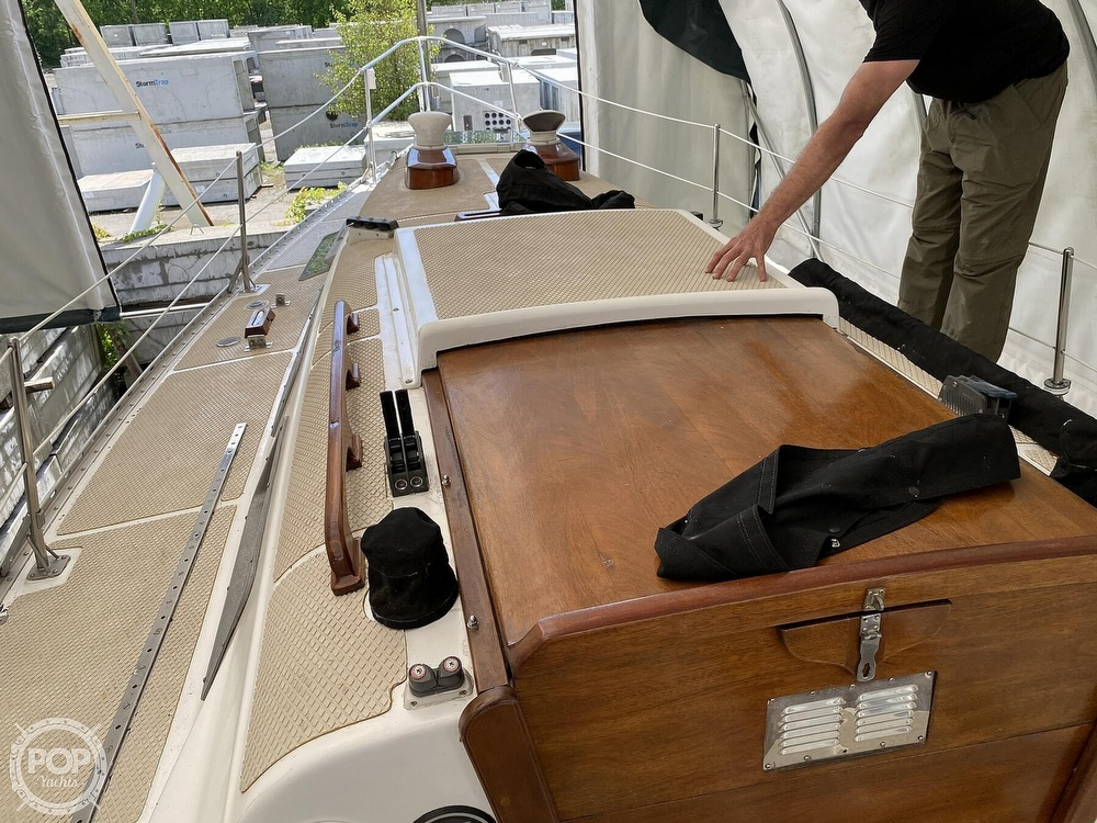 1976 Columbia boat for sale, model of the boat is 8.7 Meter & Image # 39 of 40