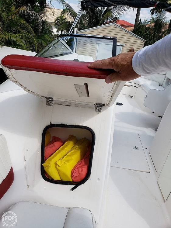 2006 Regal boat for sale, model of the boat is 2400 & Image # 33 of 40