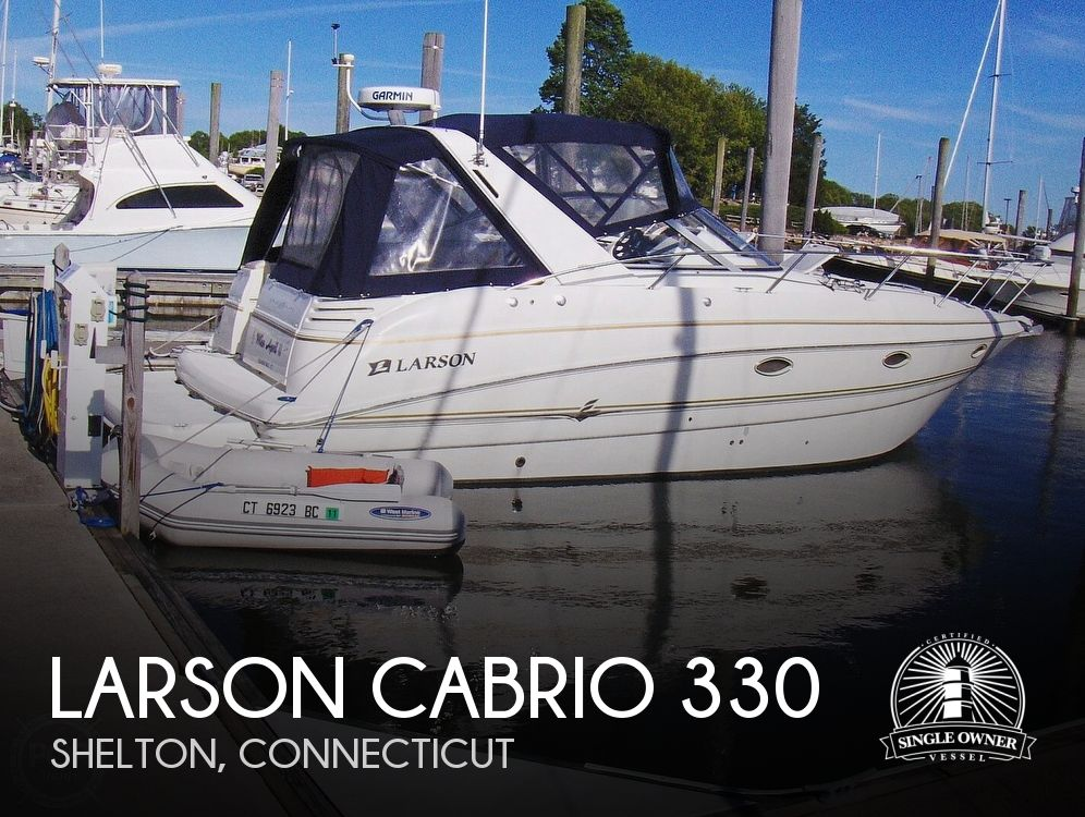 2005 Larson boat for sale, model of the boat is Cabrio 330 & Image # 1 of 40