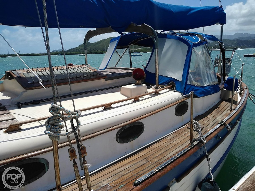 1979 Union boat for sale, model of the boat is Polaris 36 Cutter & Image # 5 of 40