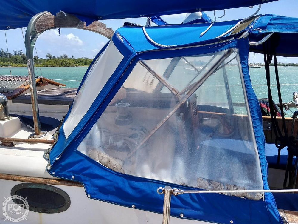 1979 Union boat for sale, model of the boat is Polaris 36 Cutter & Image # 9 of 40