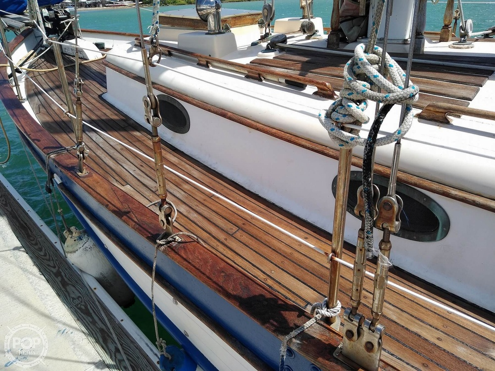 1979 Union boat for sale, model of the boat is Polaris 36 Cutter & Image # 15 of 40