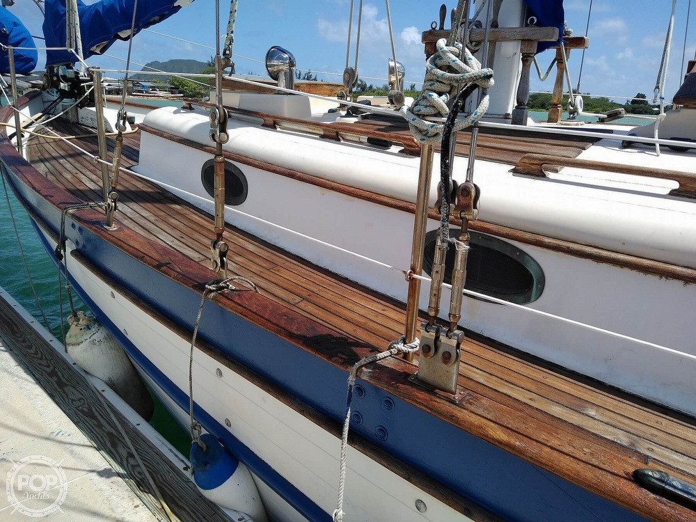 1979 Union boat for sale, model of the boat is Polaris 36 Cutter & Image # 16 of 40