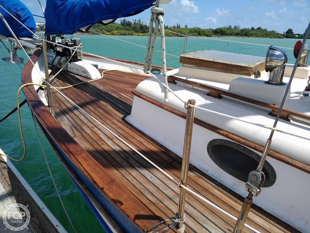 1979 Union boat for sale, model of the boat is Polaris 36 Cutter & Image # 17 of 40