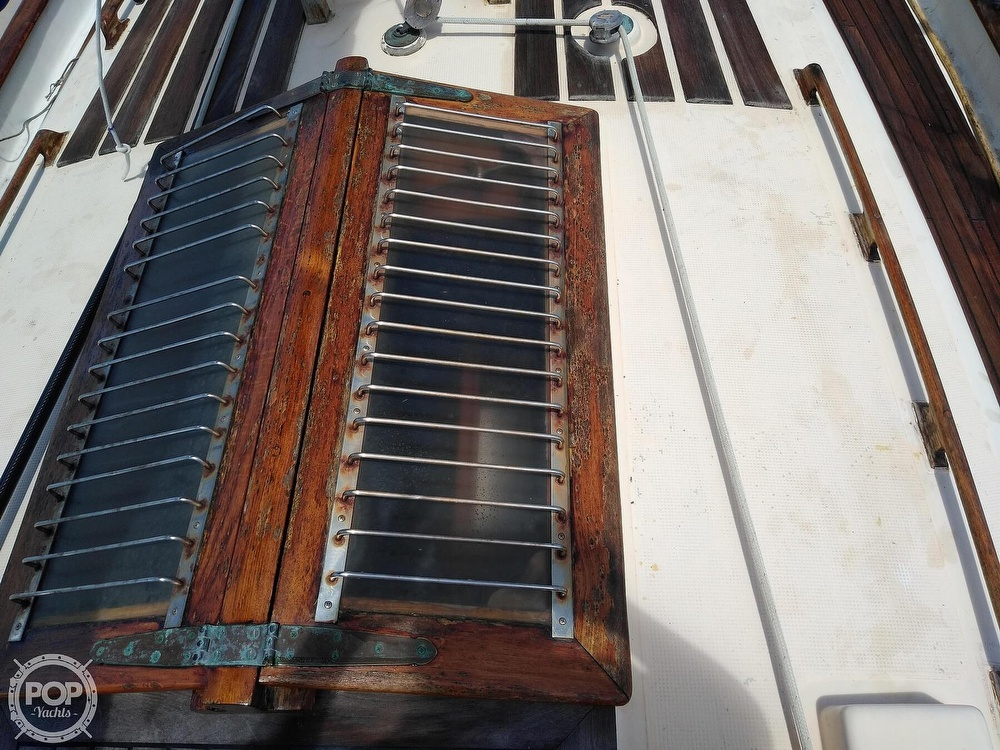 1979 Union boat for sale, model of the boat is Polaris 36 Cutter & Image # 39 of 40