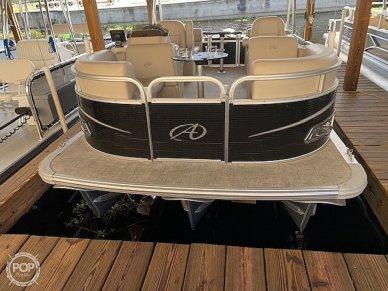 Avalon LS QUAD Lounger, 19', for sale