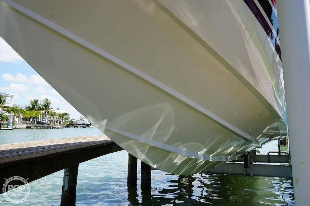 2001 Active Thunder boat for sale, model of the boat is 37 Custom & Image # 38 of 40