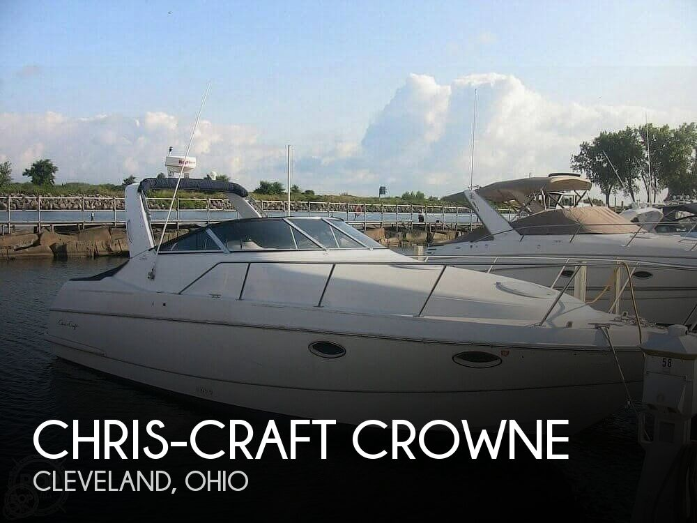 Used Chris Craft Boats For Sale in Ohio by owner | 1995 32 foot Chris-Craft Crowne