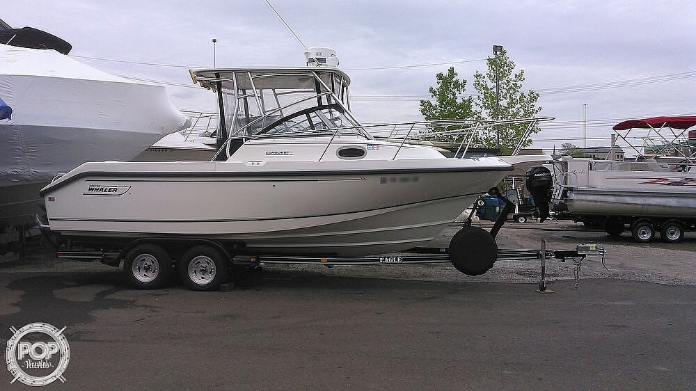 2000 Boston Whaler boat for sale, model of the boat is 23 Conquest & Image # 4 of 12