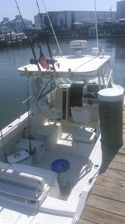 2000 Boston Whaler boat for sale, model of the boat is 23 Conquest & Image # 3 of 12