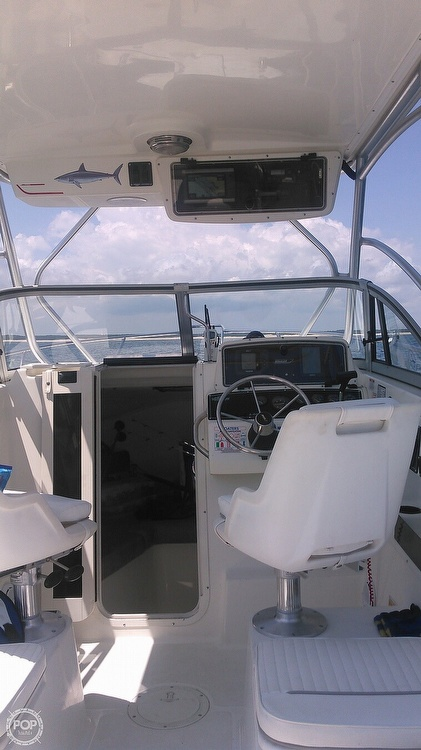 2000 Boston Whaler boat for sale, model of the boat is 23 Conquest & Image # 5 of 12
