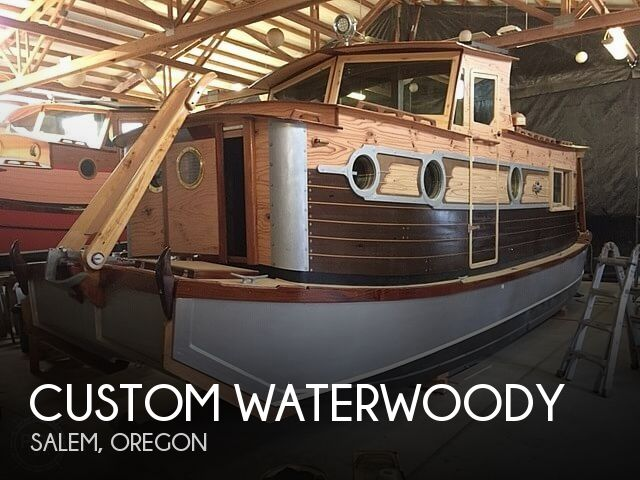 Used Houseboats For Sale by owner | 2018 33 foot Custom Waterwoody