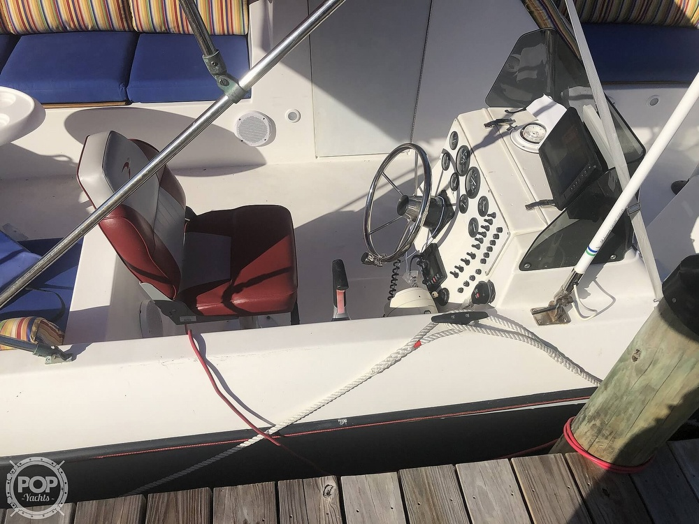 1991 PleasurCat boat for sale, model of the boat is 25 APV & Image # 17 of 40