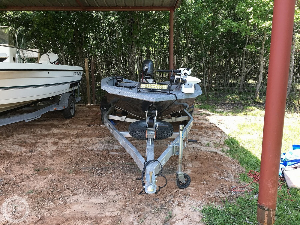 2017 Xpress boat for sale, model of the boat is H16DB & Image # 10 of 41
