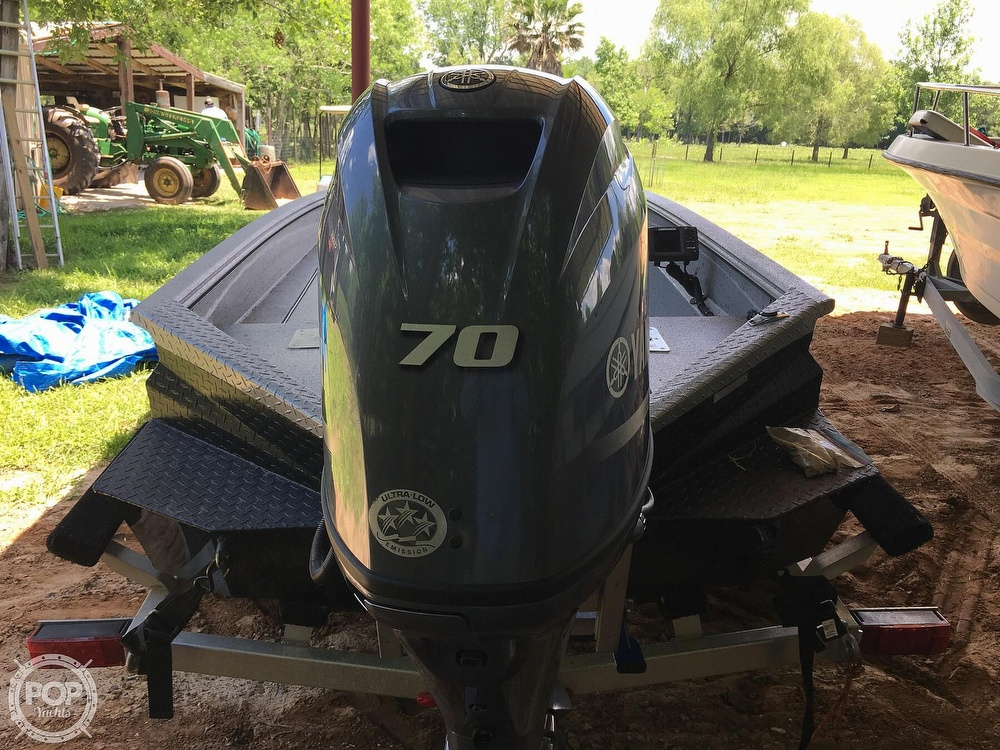 2017 Xpress boat for sale, model of the boat is H16DB & Image # 5 of 41