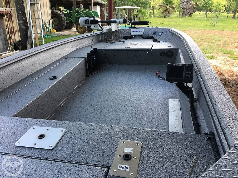 2017 Xpress boat for sale, model of the boat is H16DB & Image # 6 of 41