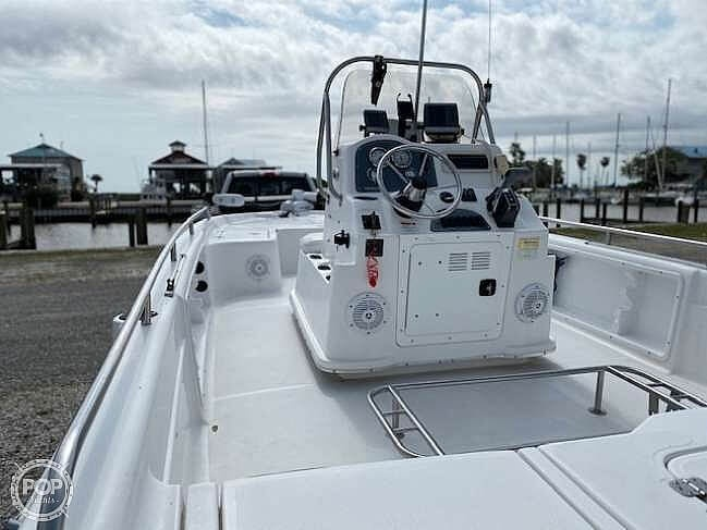 2004 Fish Master boat for sale, model of the boat is 2250 CC Travis Edition & Image # 2 of 41