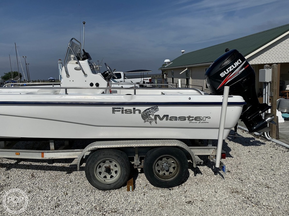 2004 Fish Master boat for sale, model of the boat is 2250 CC Travis Edition & Image # 7 of 41