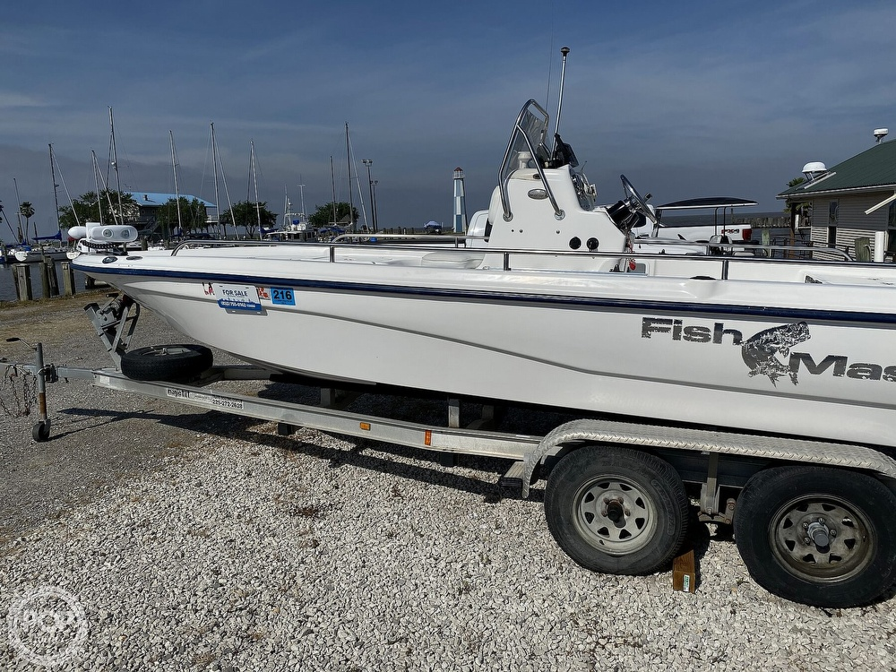 2004 Fish Master boat for sale, model of the boat is 2250 CC Travis Edition & Image # 8 of 41