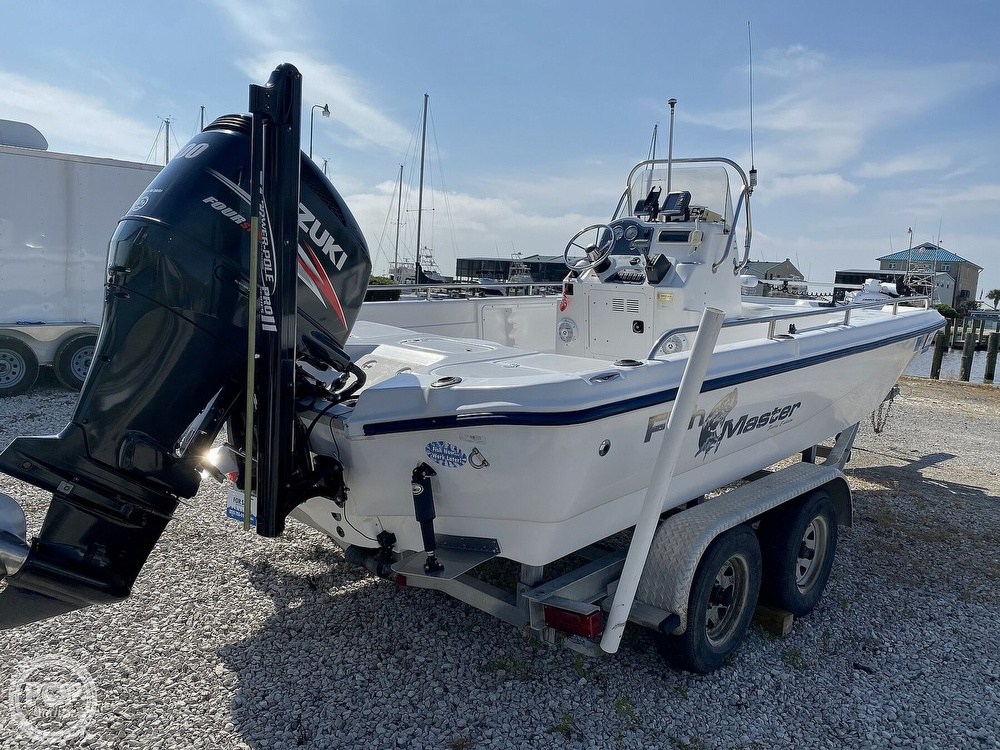 2004 Fish Master boat for sale, model of the boat is 2250 CC Travis Edition & Image # 10 of 41