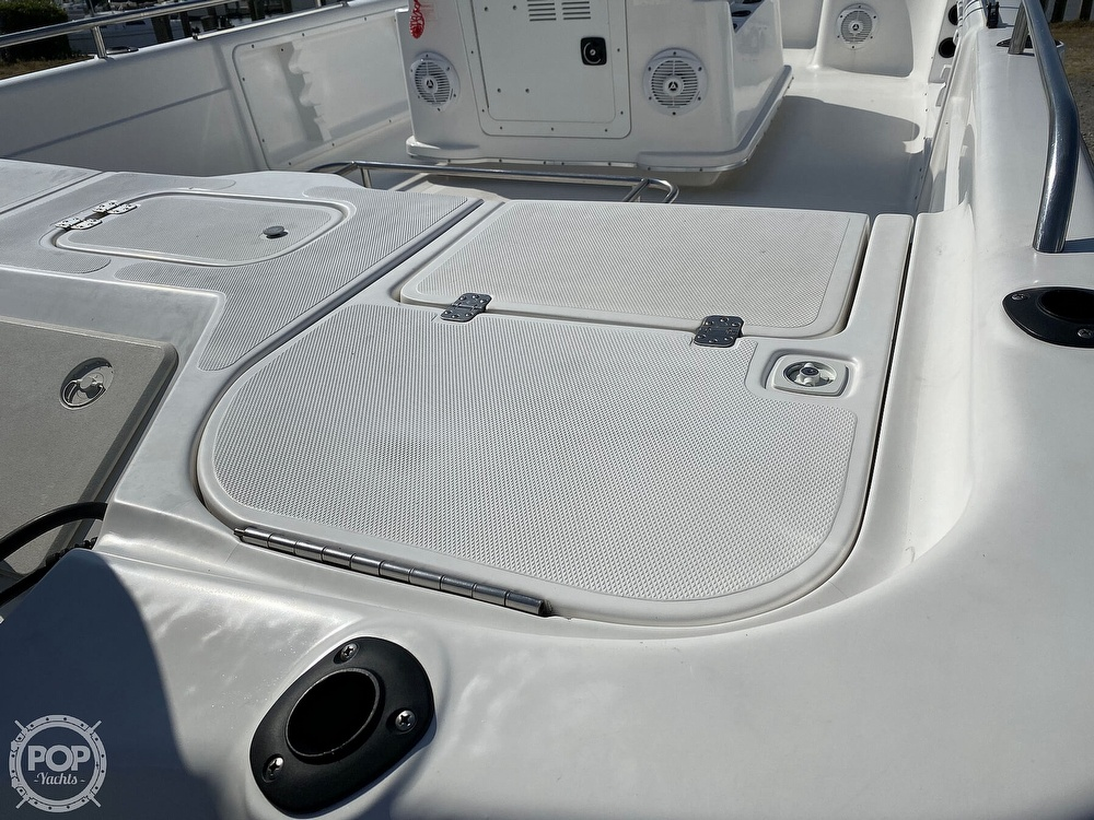 2004 Fish Master boat for sale, model of the boat is 2250 CC Travis Edition & Image # 19 of 41
