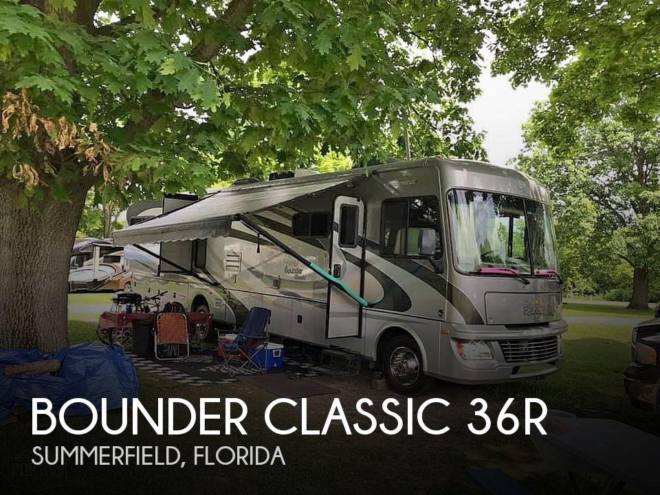 2011 Fleetwood Bounder Classic 36R