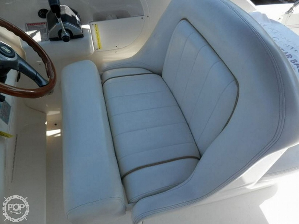 1998 Sea Ray boat for sale, model of the boat is 270 Sundancer & Image # 7 of 40