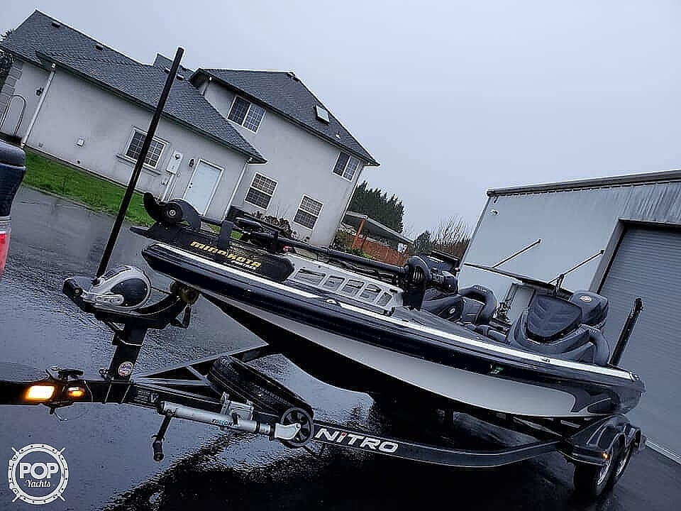 2017 Nitro boat for sale, model of the boat is Z21 & Image # 3 of 41