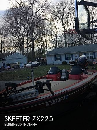 Used Power boats For Sale in Evansville, Indiana by owner | 2004 Skeeter ZX225