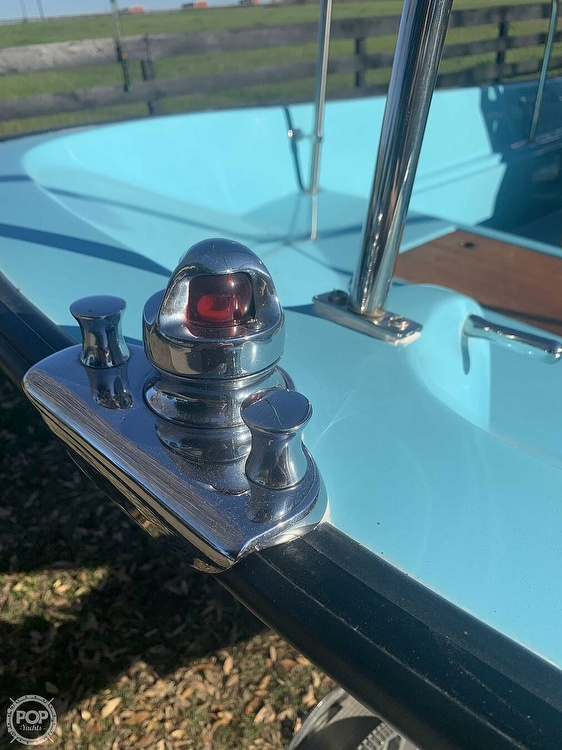 1969 Boston Whaler boat for sale, model of the boat is Nauset 17 & Image # 17 of 42