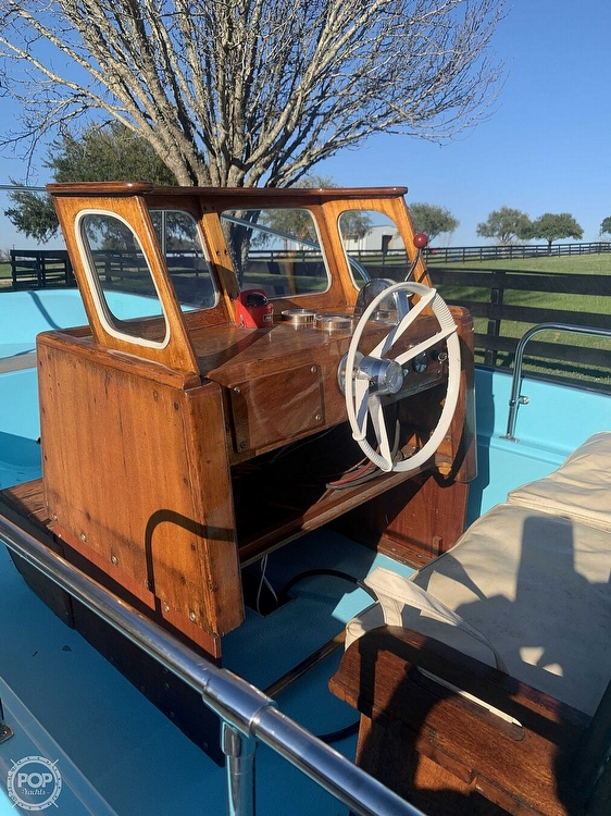 1969 Boston Whaler boat for sale, model of the boat is Nauset 17 & Image # 6 of 42