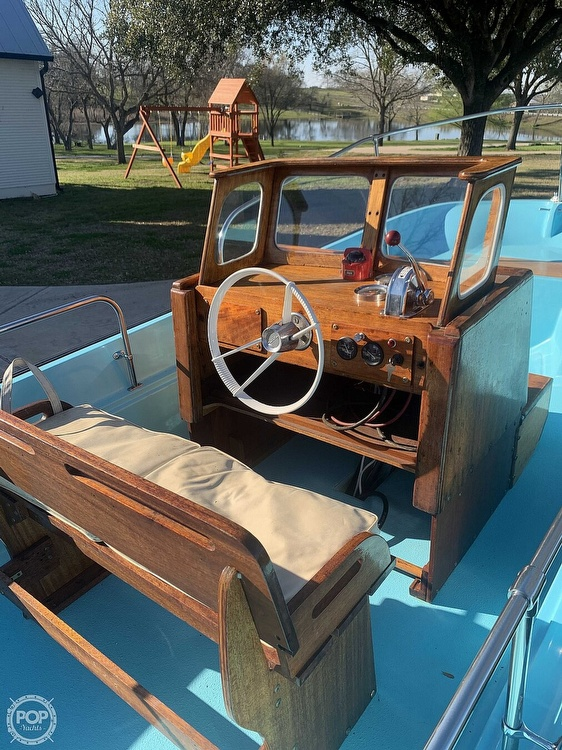 1969 Boston Whaler boat for sale, model of the boat is Nauset 17 & Image # 7 of 42