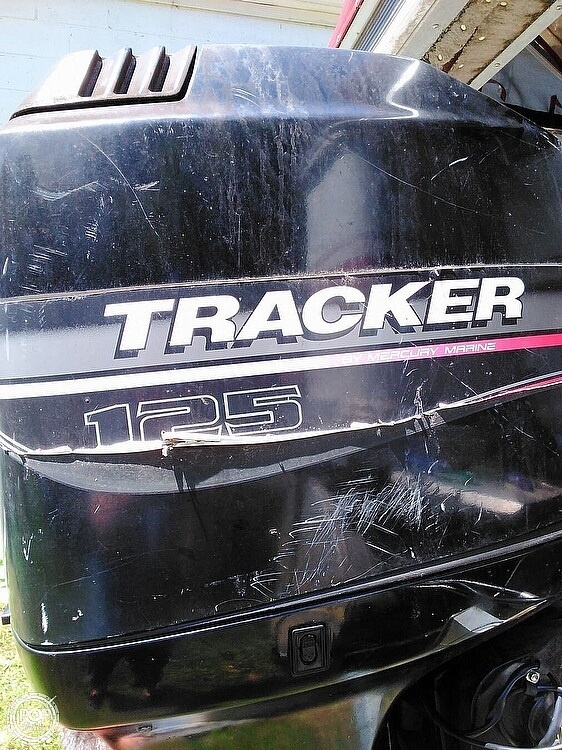 1999 Sun Tracker boat for sale, model of the boat is PC30 Party Cruiser & Image # 18 of 26