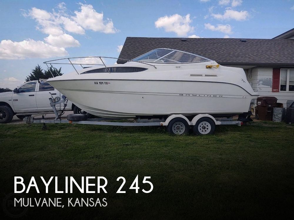 Used Boats For Sale in Wichita, Kansas by owner | 2003 Bayliner 245