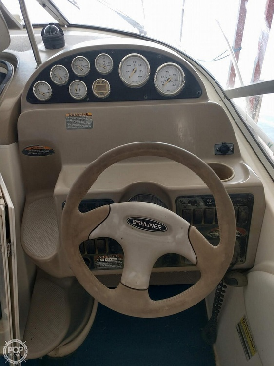 2003 Bayliner boat for sale, model of the boat is 245 Ciera & Image # 6 of 10