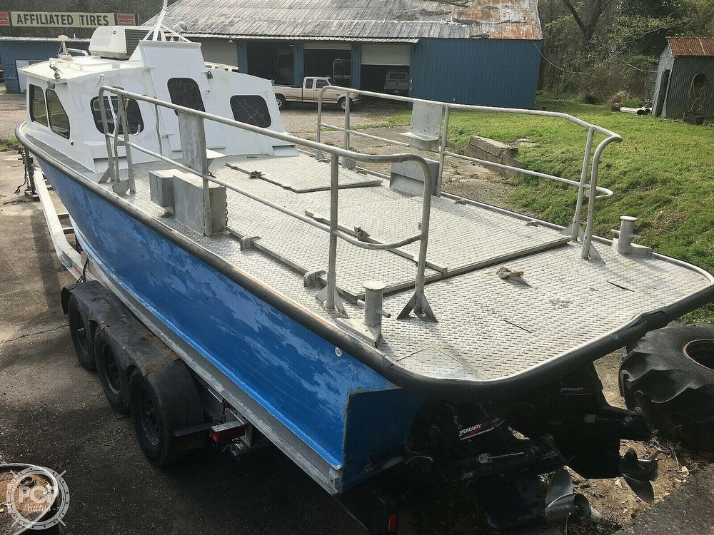 1976 Lafco boat for sale, model of the boat is 29 Aluminum & Image # 4 of 40