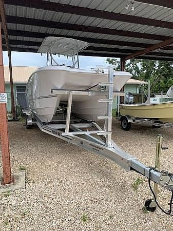 2020 Twin Vee boat for sale, model of the boat is 240 CC & Image # 5 of 6