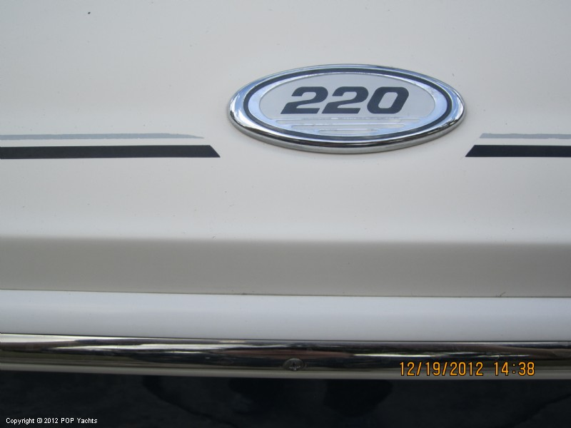 2006 Sea Ray 220 Select - Photo #23