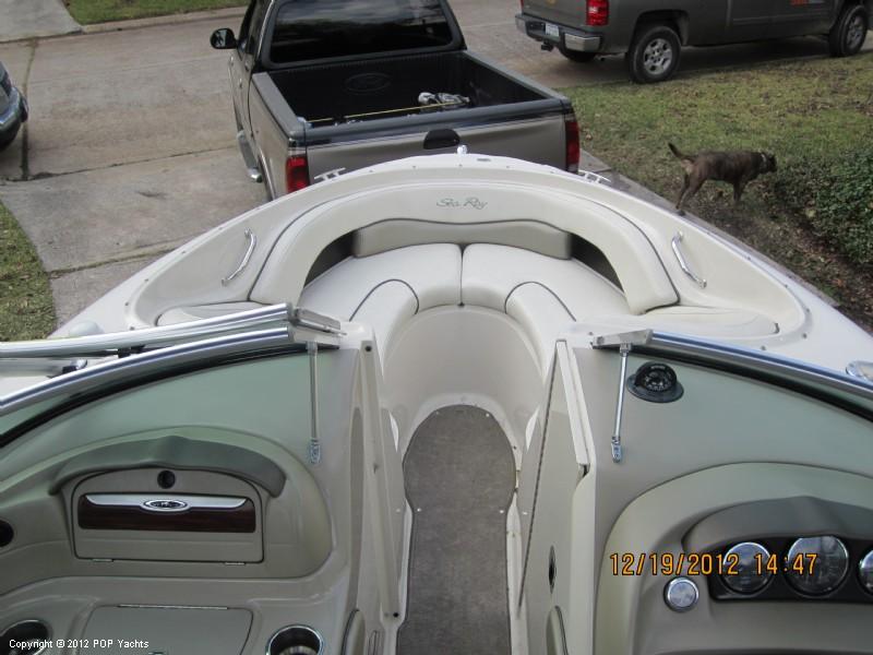 2006 Sea Ray 220 Select - Photo #32