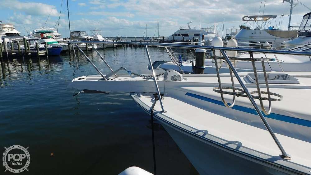 1987 Luhrs boat for sale, model of the boat is 400 Tournament & Image # 8 of 40