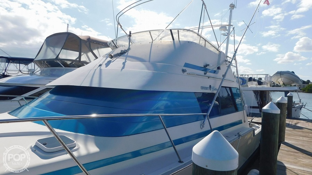 1987 Luhrs boat for sale, model of the boat is 400 Tournament & Image # 11 of 40