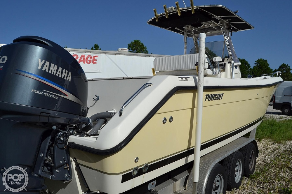 2006 Pursuit boat for sale, model of the boat is 2870 CC & Image # 12 of 40