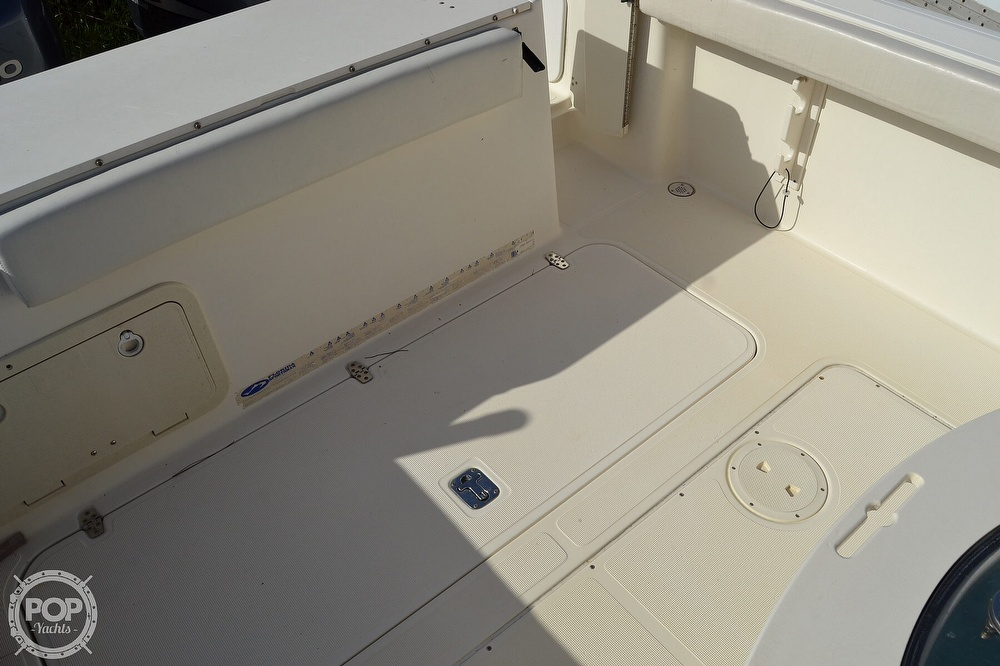 2006 Pursuit boat for sale, model of the boat is 2870 CC & Image # 22 of 40