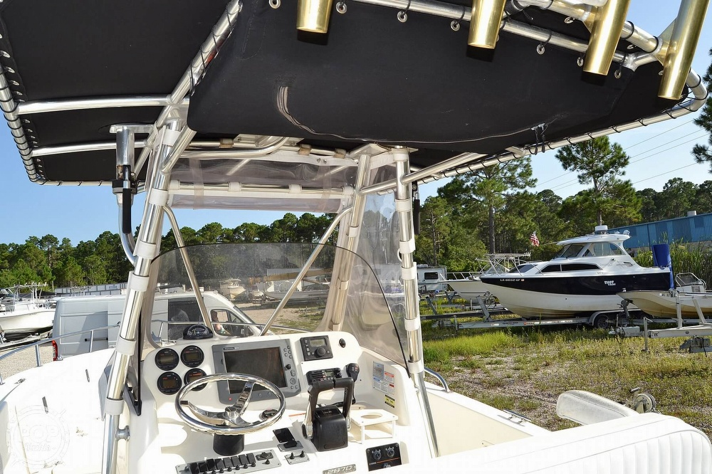 2006 Pursuit boat for sale, model of the boat is 2870 CC & Image # 27 of 40