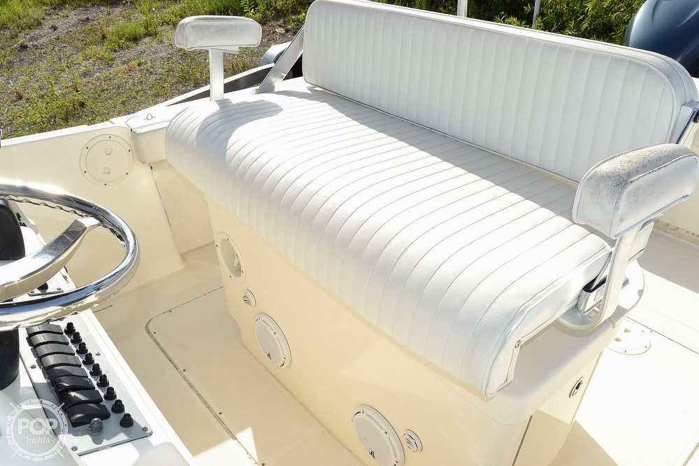 2006 Pursuit boat for sale, model of the boat is 2870 CC & Image # 31 of 40