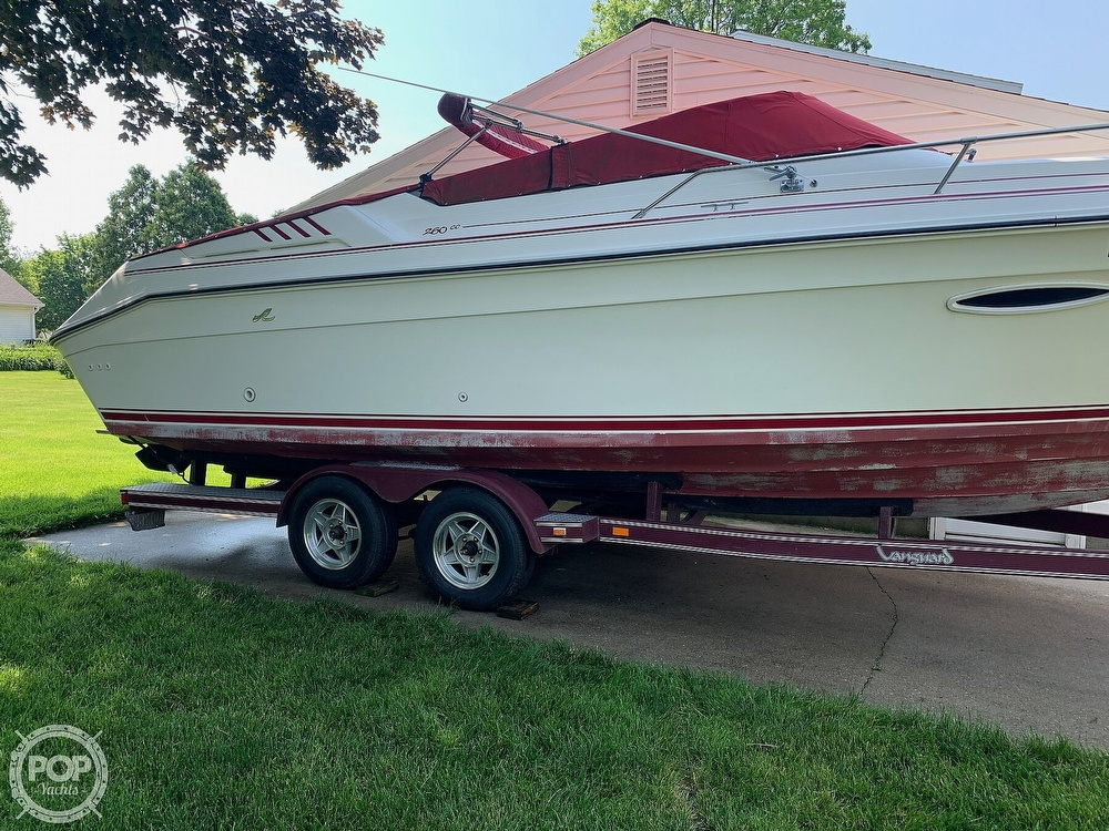 1989 Sea Ray boat for sale, model of the boat is 260 Cuddy Cabin & Image # 12 of 41
