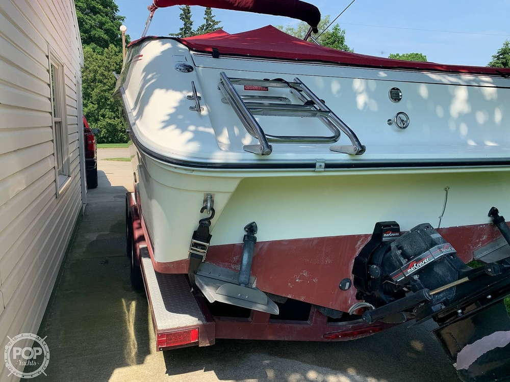 1989 Sea Ray boat for sale, model of the boat is 260 Cuddy Cabin & Image # 15 of 41